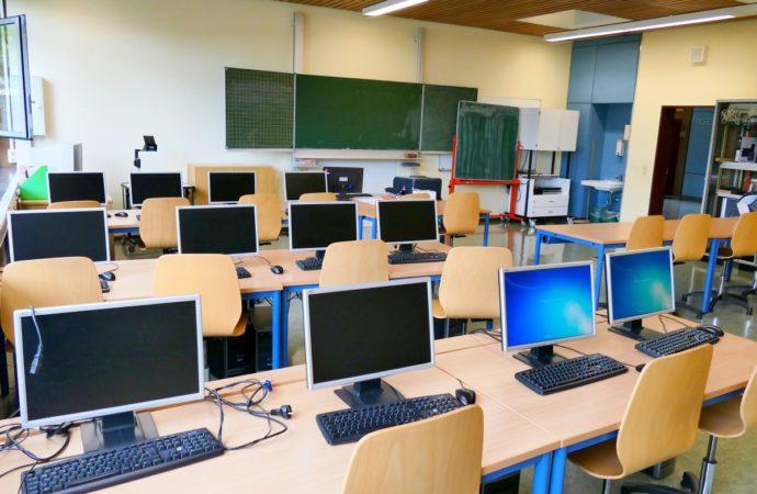 Школьный психолог – не роскошь, а необходимость
